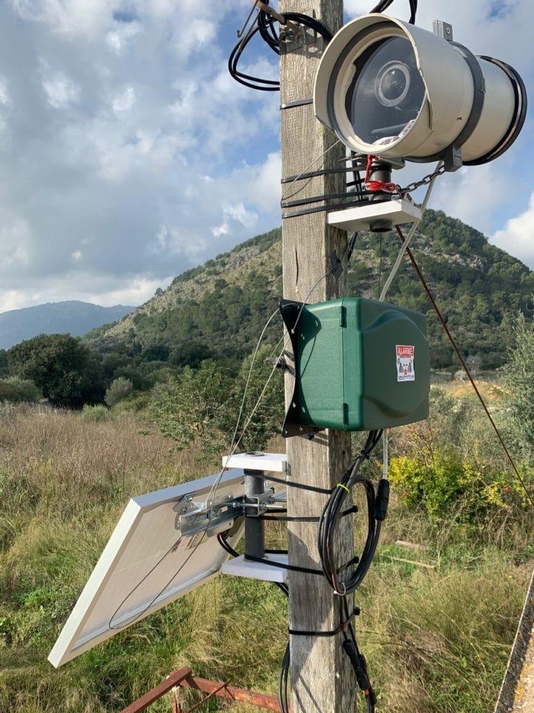 Photographie d'une boxe solaire TimeLapse Go' installée à Majorque